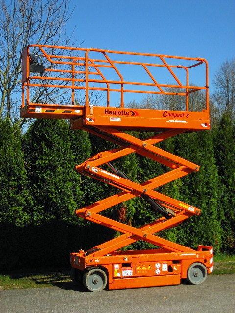 käärtõstuk HAULOTTE Arbeitsbühne HAULOTTE Compact 8 ELEKTRO - 334 Std.