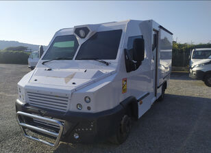 inkassaatori auto veoauto IVECO Daily  70 C17