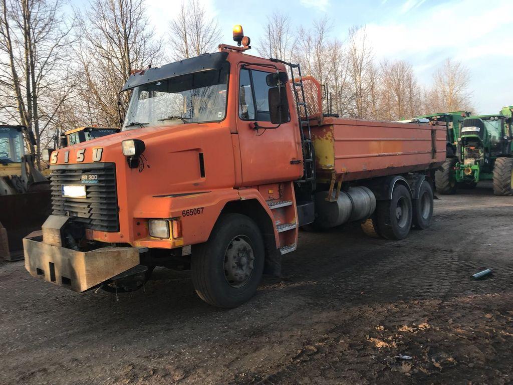 kallur veoauto SISU SR300