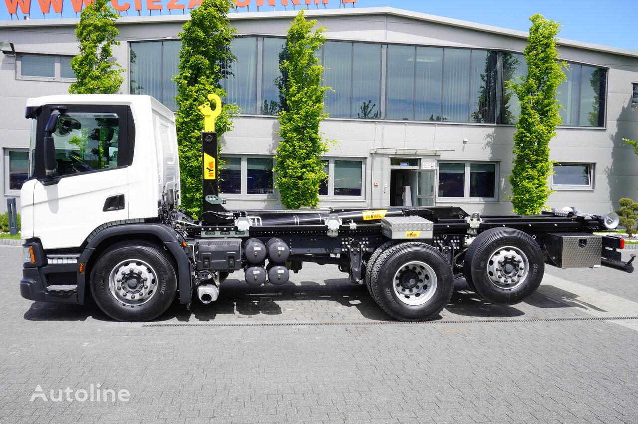 konkslift veoauto SCANIA P410 , E6 , 6X2 , 60k km , NEW HOOK 20T , steer / lift axle , Lo