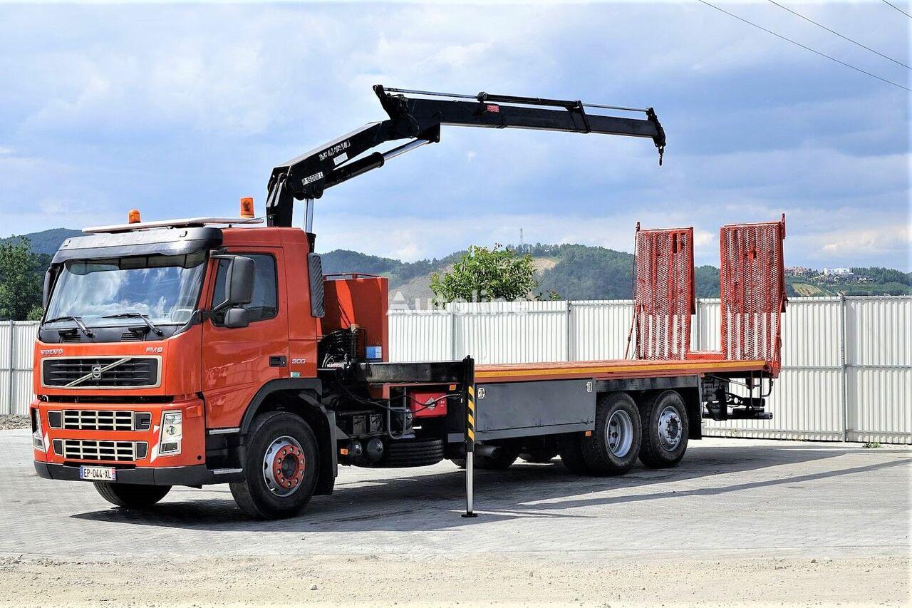 puksiirauto VOLVO  FM9 300 Abschleppwagen 8,90m + Kran *6x2*
