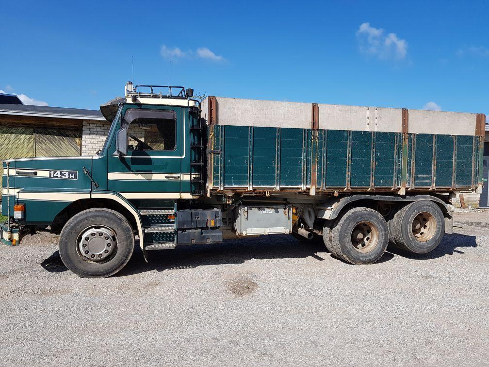 teravilja vedu veoauto SCANIA 143 6x2 tipper